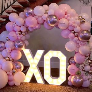 DOUBLE SIDED BALLOON ARCH $850